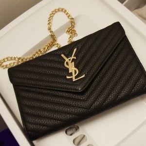 Black fashion purse